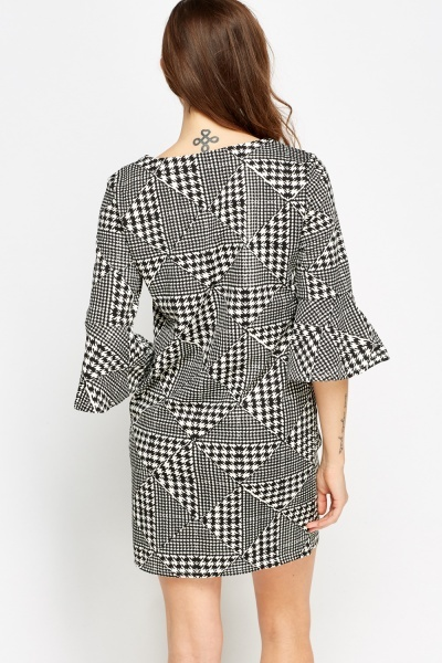 Houndstooth Printed Flare Sleeve Mini Dress