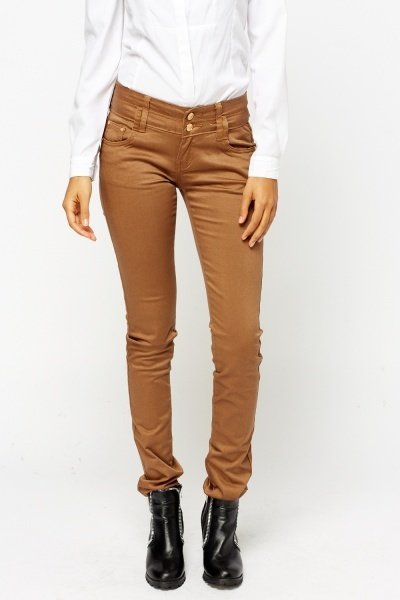Twin Button Slim Jeans