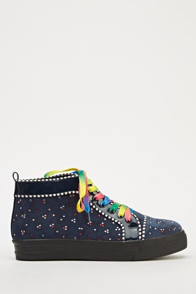https://fiver.media/cdn-thumb/400x600/e5p/images/mu/2017/03/04/embellished-rainbow-laced-trainers-navy-52887-8.jpg