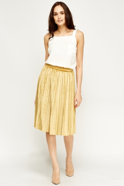 Pleated Velveteen Midi Skirt