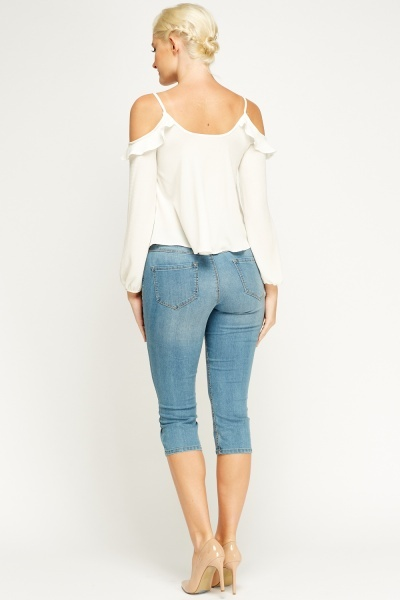 Cropped Blue Jeans