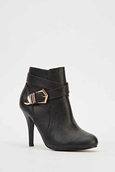 Criss Cross Buckle Heeled Boots