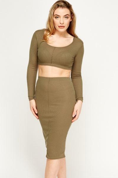 Image of 2 In 1 Ribbed Crop Top And Skirt