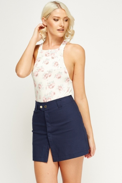 Floral Front Pocket Top