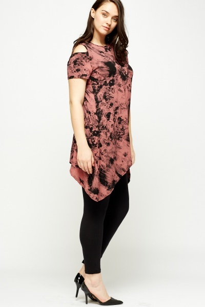 Mixed Print Asymmetric Top