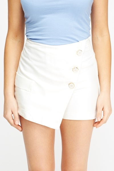 Button Detailed Skort Shorts