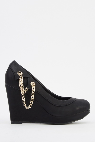 Chained Wedge Shoes