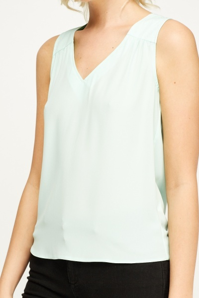 V-neck Mint Top