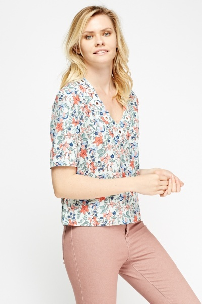 Floral Detailed Neck Box Top