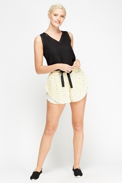 Elasticated Flower Overlay Shorts