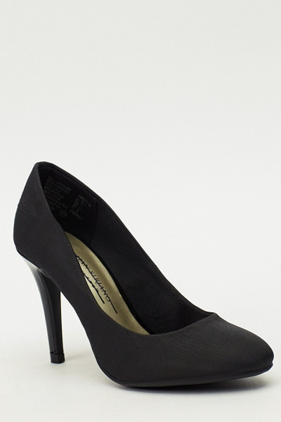 Black Contrast Pump Heels
