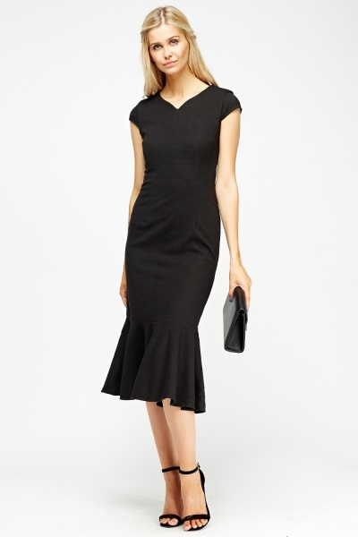 Flare Hem Ribbed Midi Dress (SIZE 8)