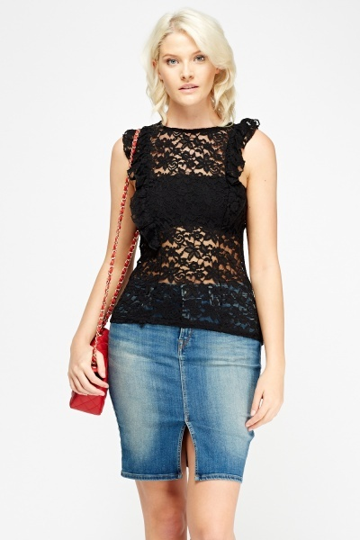 Lace Frilled Sleeveless Top