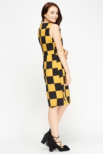 Check Grid Shift Dress