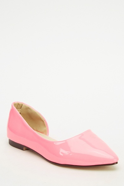 Court Flat Shoes