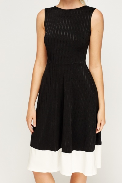Contrast Hem Textured Skater Dress