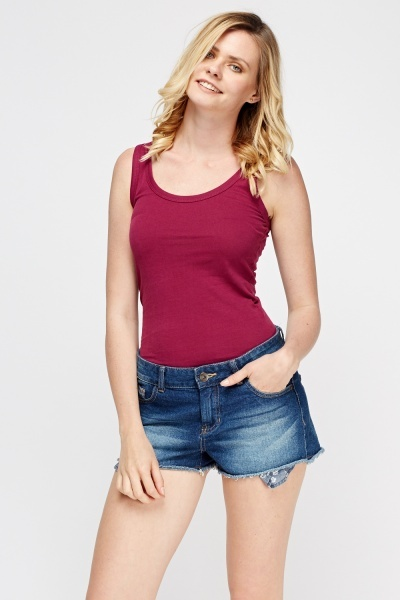 Shop our collection of women's day tops, from crop tops to peplum tops. Shop boohoo's collection today. Basic V Front and Back Vest $ $ Plus Woven Lace Up Detail Swing Top $ $ Basic Oversized T-Shirt $ $ Plus V Neck Ruffle Rib Crop Top $ $