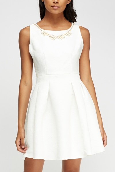 Zibi London Floral Embossed Necklace Dress