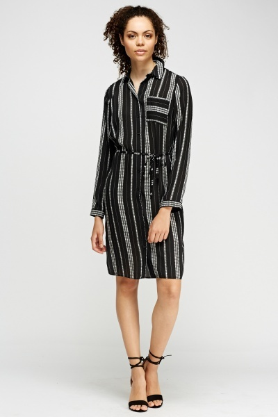 Image of Star Printed Shirt Dress