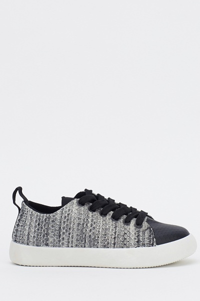 Textured Low Top Lace Up Trainers