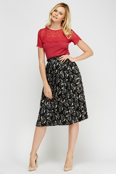 Image of Printed Pleated Midi Skirt