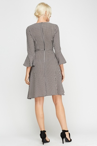 Flare Sleeve Checked Swing Dress