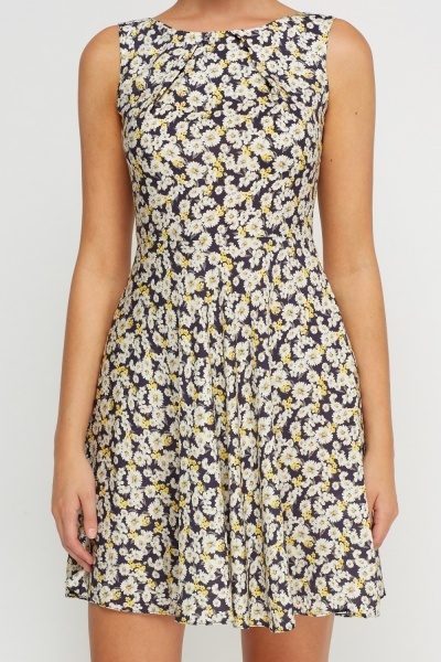 Daisy Printed Shift Dress