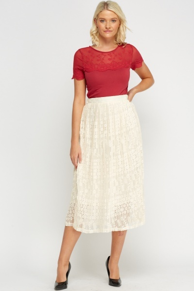 Lace Overlay Pleated Skirt