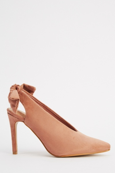 Bow Back Court Heels