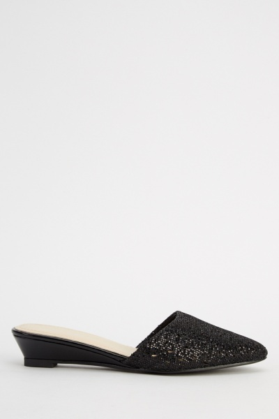 Cut Out Slip On Low Heel Shoes