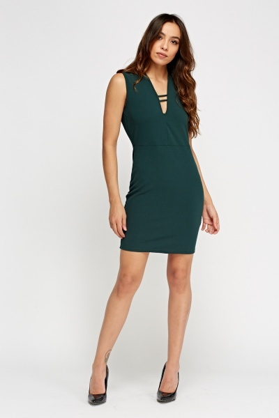 Detailed Neck Shift Dress