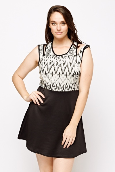 Zig Zag Contrast Skater Dress