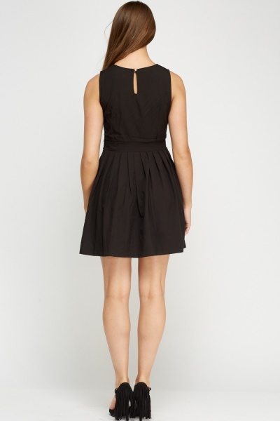 Mesh Insert Pleated Swing Dress