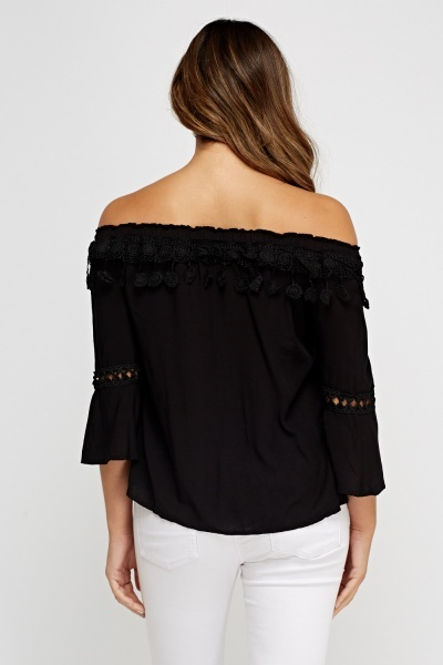 Off Shoulder 3D Applique Top