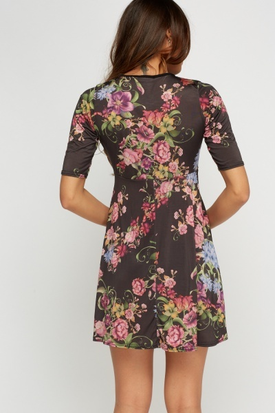 Floral Printed Wrapped Skater Dress