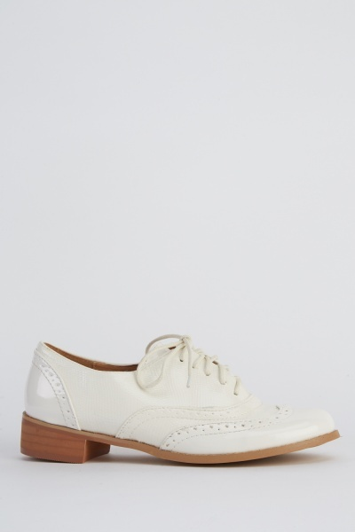 Contrast Lace Up Brogue Shoes