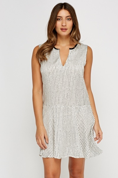 Printed Cut Out Neck Dress
