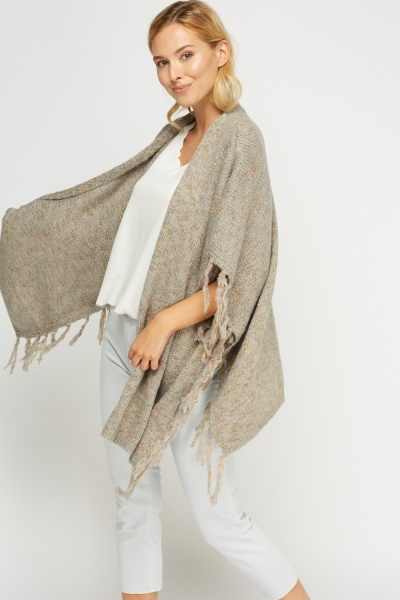 Speckled Tasseled Knitted Poncho