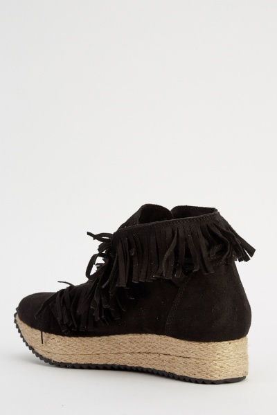 Fringed Suedette Flatform Shoes