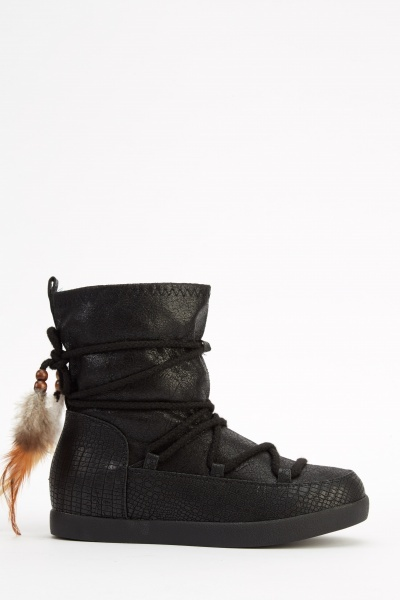 Mock Croc Contrast Tie Up Ankle Boots