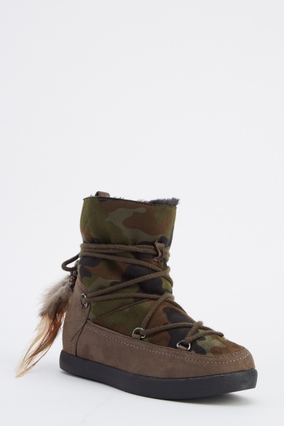 Camouflage Printed Ankle Boots