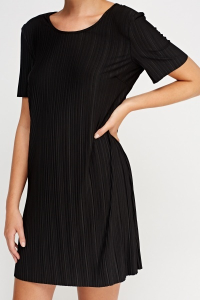 Pleated Basic Dress