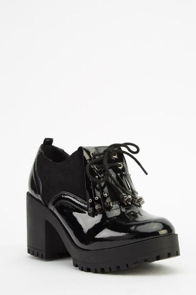 Contrast Mid Heel Brogue Boots