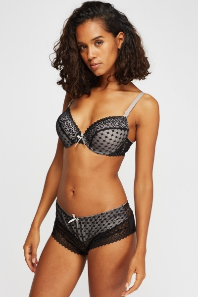 Checked Mixed Lace Bra And Brief Set