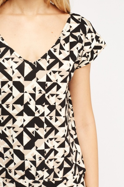 Cut Out Back Geo Top