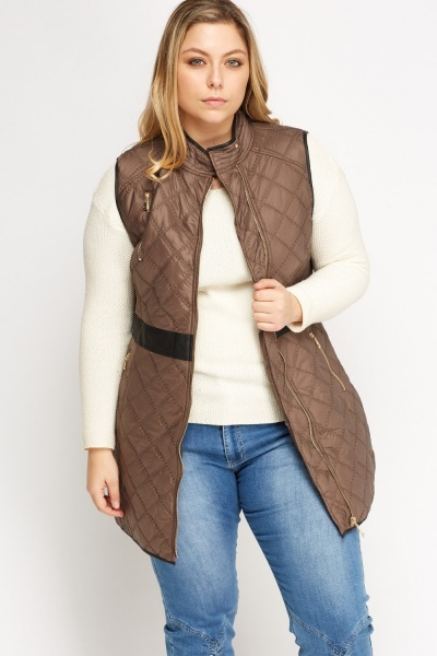 Quilted Contrast Sleeveless Jacket