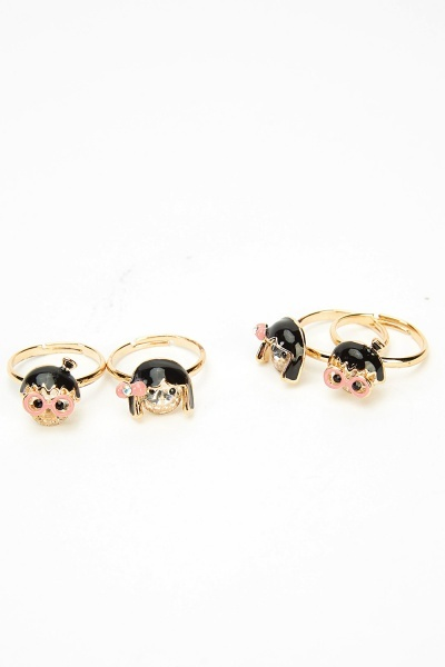 Set Of 4 Girl Face Rings