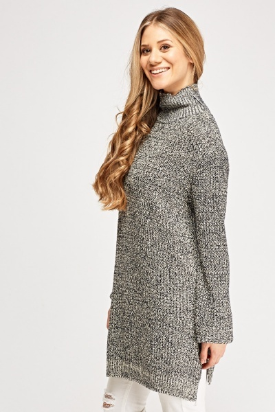 Knitted Hight Neck Jumper