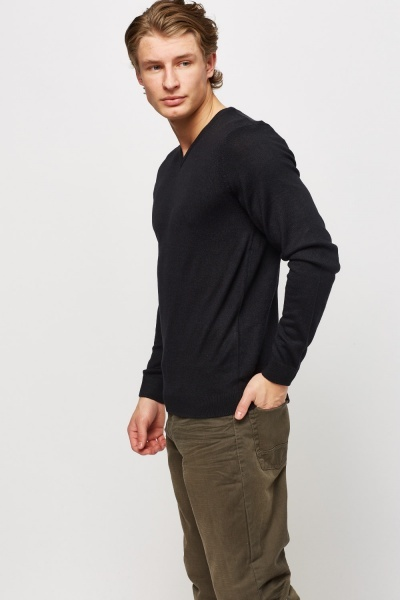 V-Neck Thin Knitted Sweater