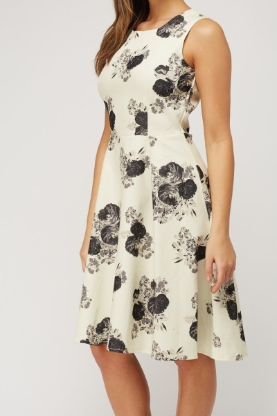 Floral Printed Swing Dress